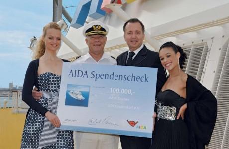 AIDA unterstützt Kinderhilfe in Ostafrika - Gäste und Kreuzfahrtreederei spenden 100.000 Euro